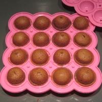 Suklaan makuiset cakepopsit eli makua kakkutikkareihin