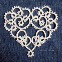 Tatted Valentine's heart, käpypitsisydän ystävänpäiväksi