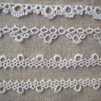 Old tatted lace remade, vanhoja käpypitsejä