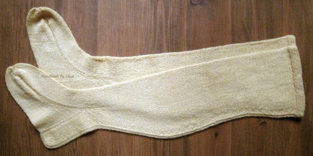 Keltaiset sukat1