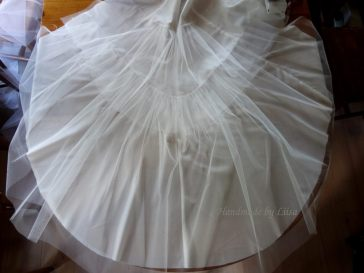 Bottom layer of tulle still to be levelled