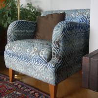 An upholstery job, nojatuolin verhoilua