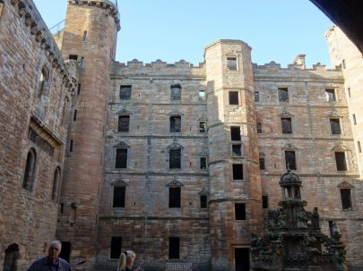 Linlithgow inside